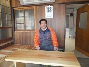 腰掛とテーブル4